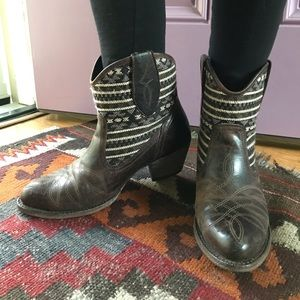 Ariat ankle brown upper leather booties